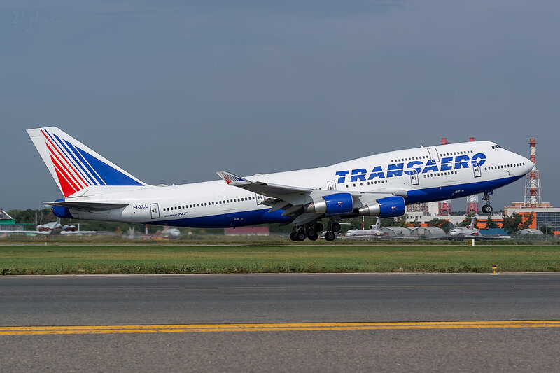 Boeing 747-412 (EI-XLL) Трансаэро D801496