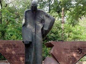 В Кишинёве осквернили памятник жертвам Холокоста