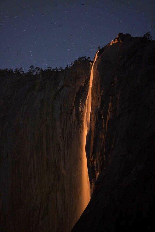 Огненный водопад (Национальный парк Йосемити, США)