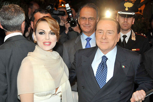 Франческа Паскале и Сильвио Берлускони тайно обвенчались