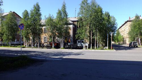 Фото города Инта №4997  Кирова 36 (поликлиника №1), 34 и Чайковского 4