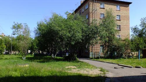 Фото города Инта №5169  Северо-западный угол Гагарина 13 16.07.2013_12:29