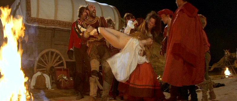эротический фильм средневековье оказывется