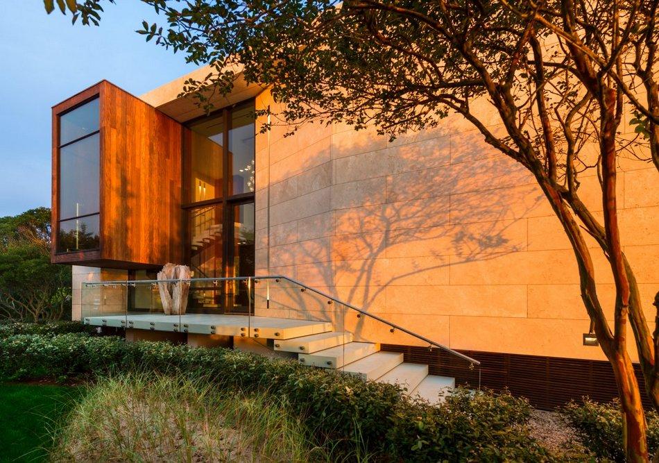 Частный дом в живописном городке Сагапонек в США