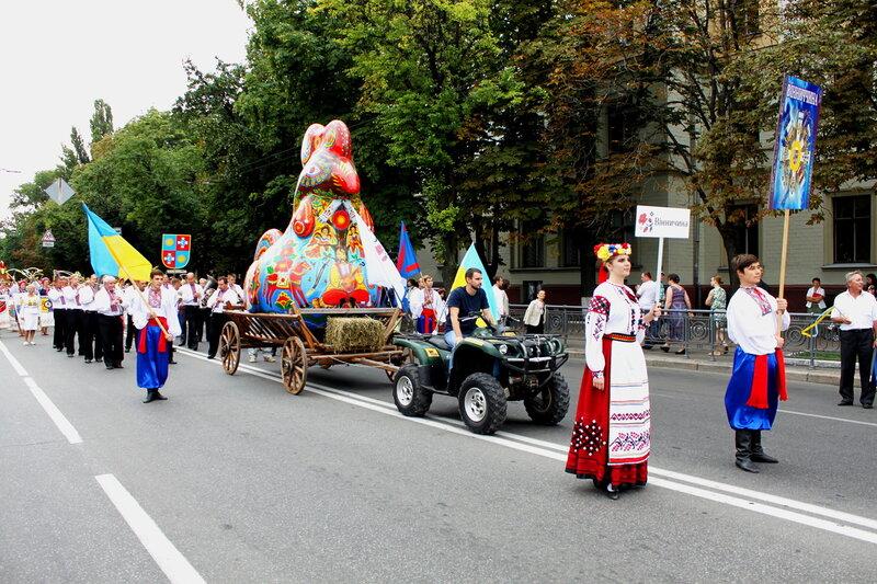 Винницкая область на Параде вышиванок 2013