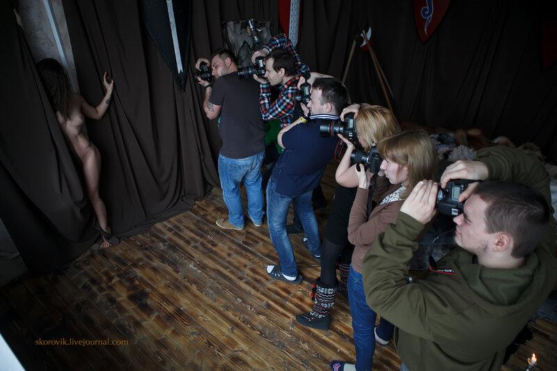 эротический фото-мастер-класс на тему -Игра престолов- / модели Оксана Шкирятова и Мария Каста