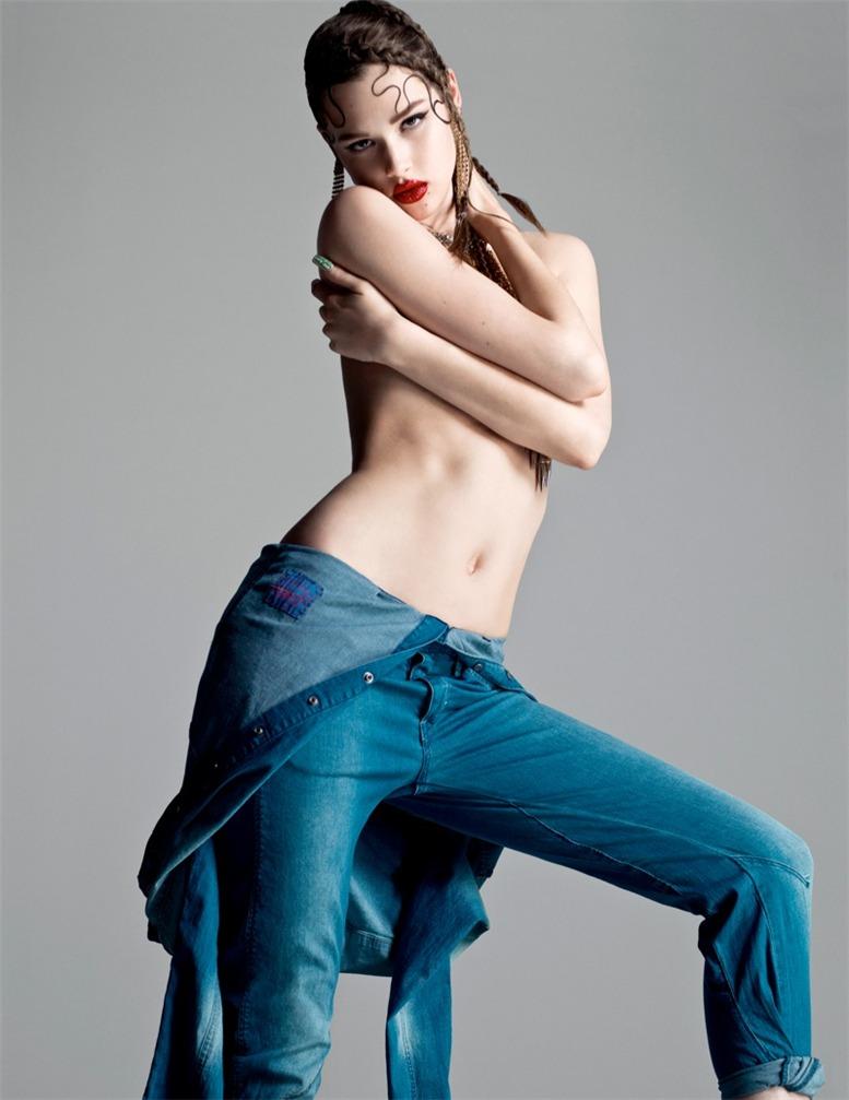 Anais Pouliot / ����� ���� � ������� Flaunt Magazine, �������� 2013 / ��������� Stevie & Mada