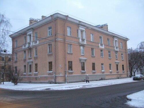 ул. Лётчика Пилютова 16к1