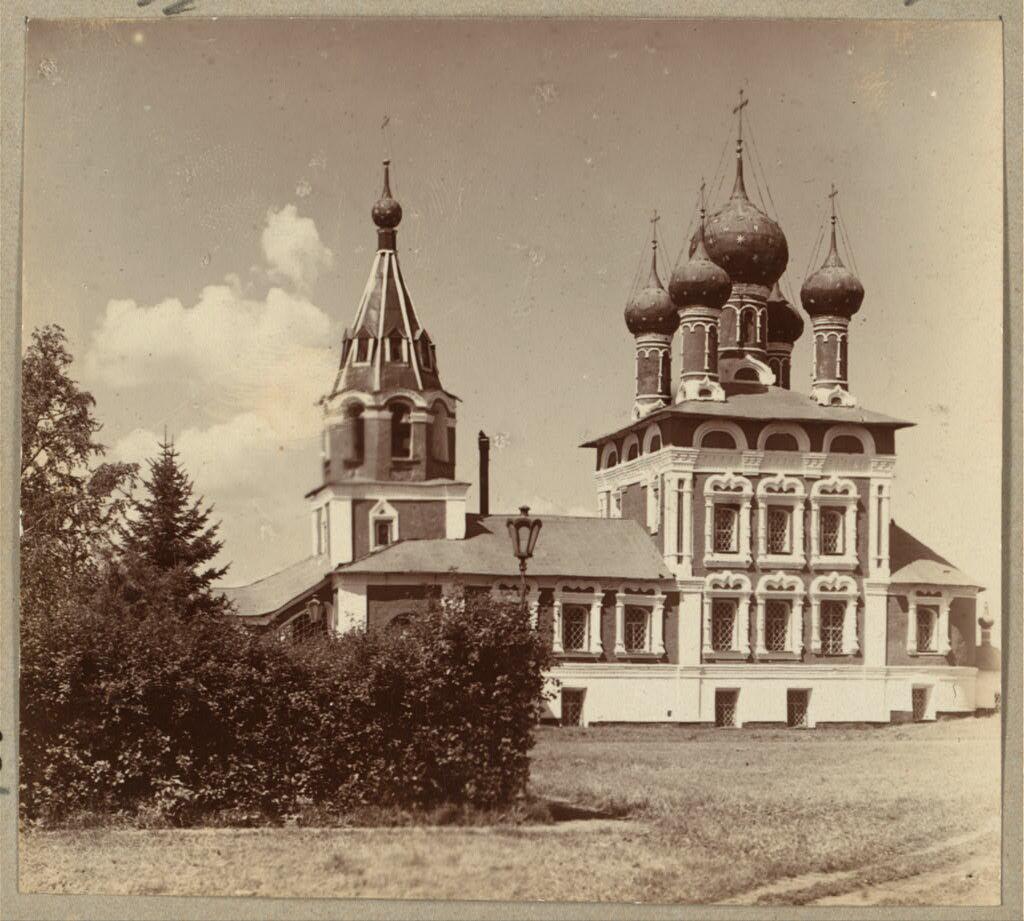 Церковь Св. Царевича Димитрия на Крови