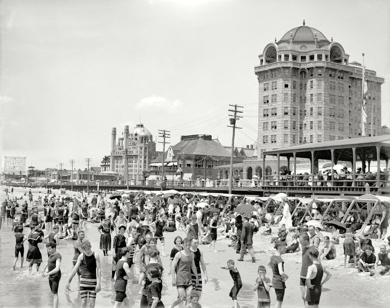 1906. На пляже