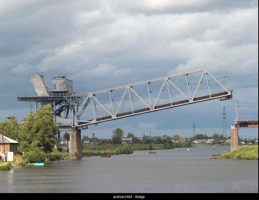 Шиженский железнодорожный мост на Беломоро-Балтийском канале