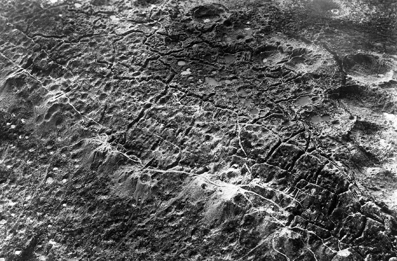 An aerial view of trenches of the Western Front during World War I. Hill of Combres, St. Mihiel Sector, north of Hattonchatel and Vigneulles 1919..jpg