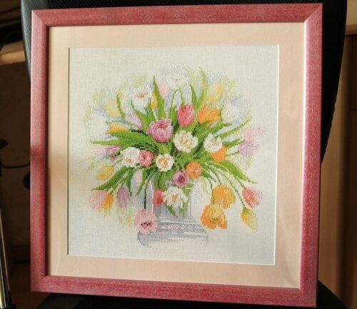 Акварельные тюльпаны, Риолис