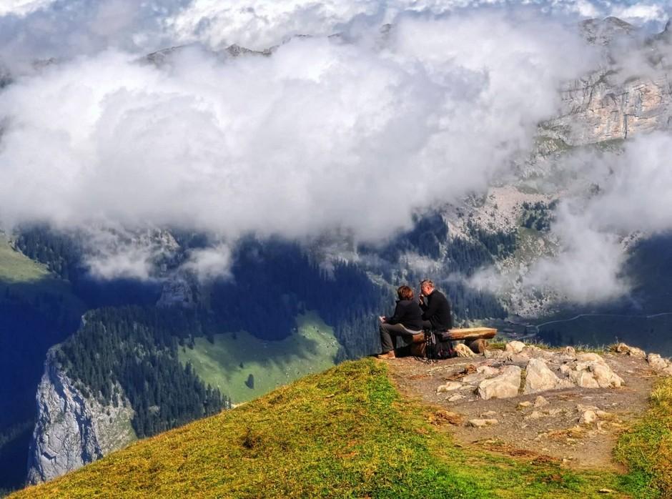 На вершине мира: гора Менлихен (2348 м) расположена в Швейцарских Альпах, в кантоне Берн