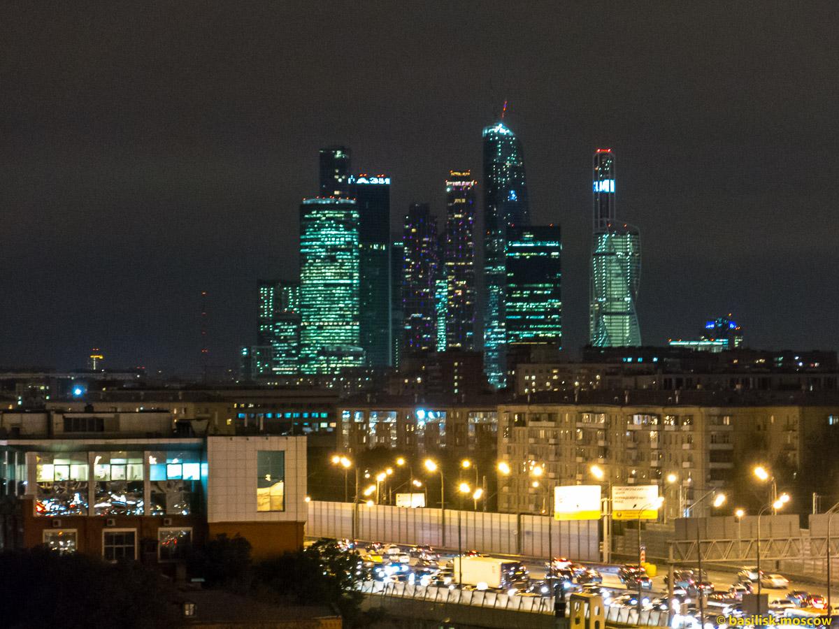 Москва.Вечер.РАН.Сити. Октябрь 2015.