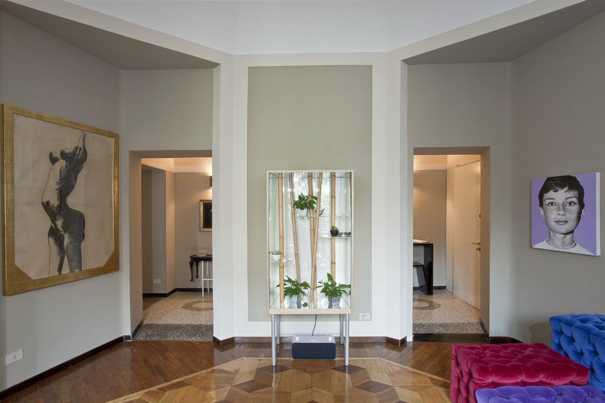 Просторная квартира в историческом здании от Паоло Фрелло
