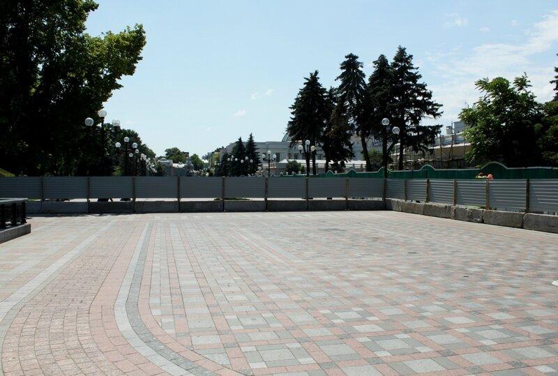 Доступ на площадку обозрения Мариинского парка закрыт