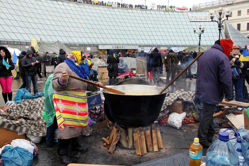 Приготовление еды на Евромайдане