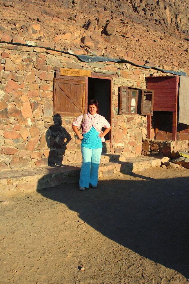 Фотография 5. Подъем на гору Моисея. Экскурсии в Египте. Устали? Айда в Дом Отдыха (Rest House)!