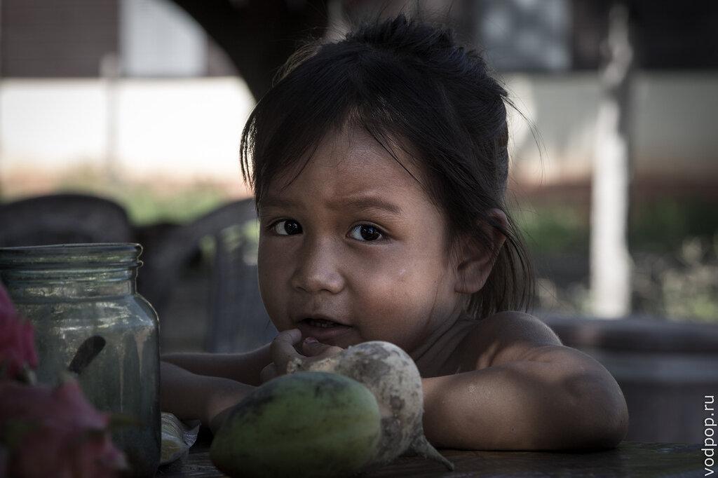 Девочка в Камбодже