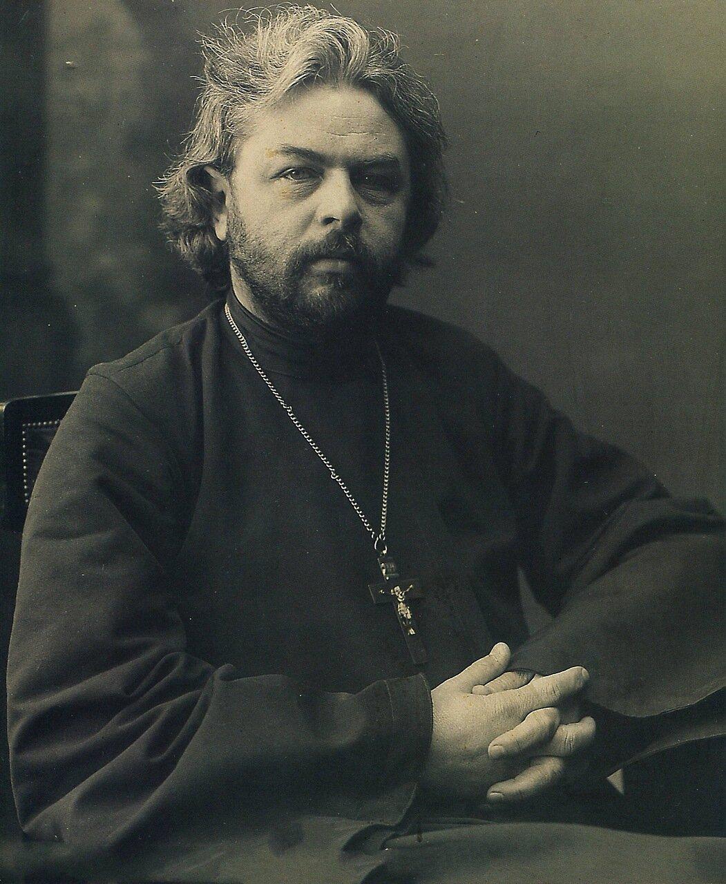 Священник и писатель С.Г. Петров