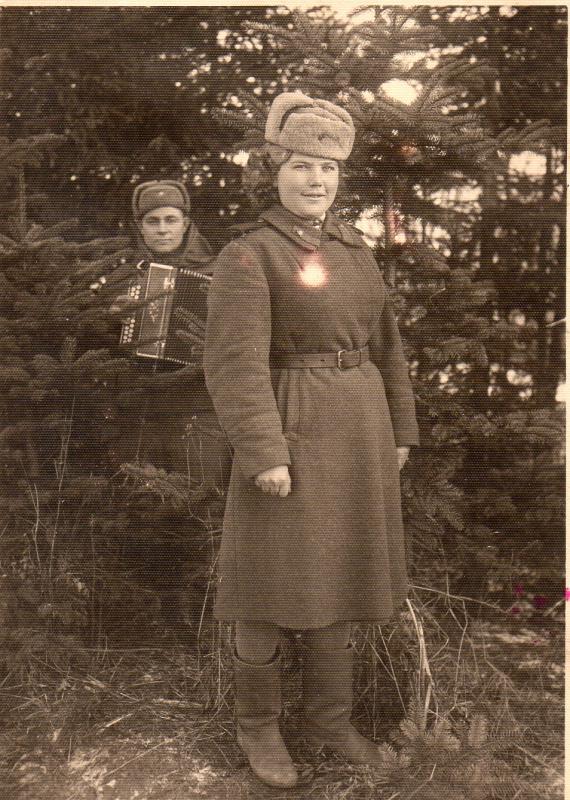 Замполит и штрафники-уголовники. 1944_18.12_anatoliy.jpg