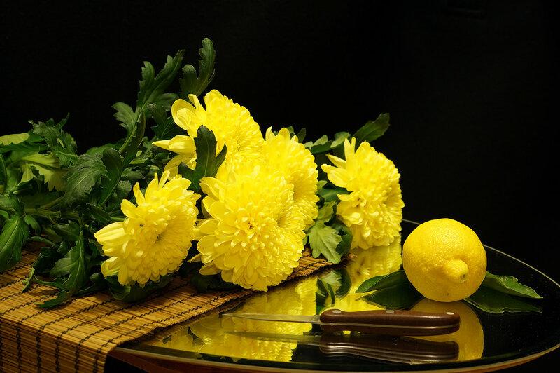 Желтое на черном