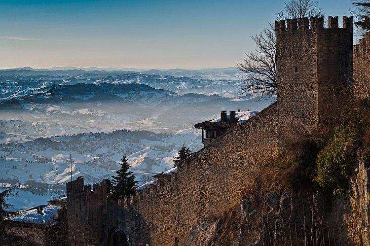 Сан-Марино — одно из самых маленьких государств в мире (25 фото)