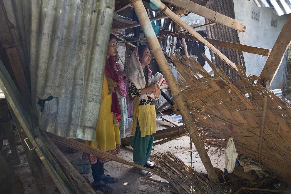 3. Всего было выселено около 300 семей. (Фото Anupam Nath):