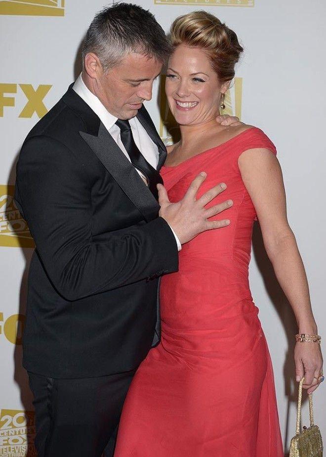 Кэти Перри решила пощупать грудь Анны Кендрик