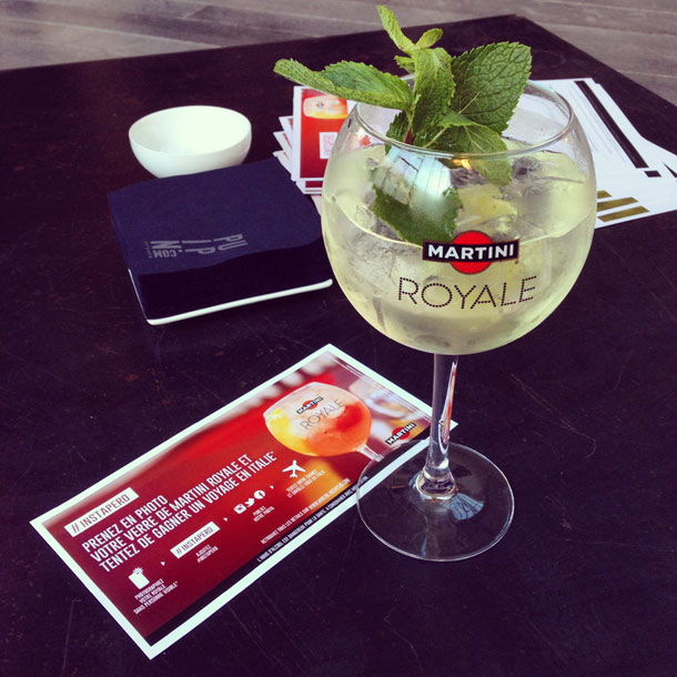 You are in Paris? UFUNK offers you a drink on a beautiful Parisian terrace! #Instapero