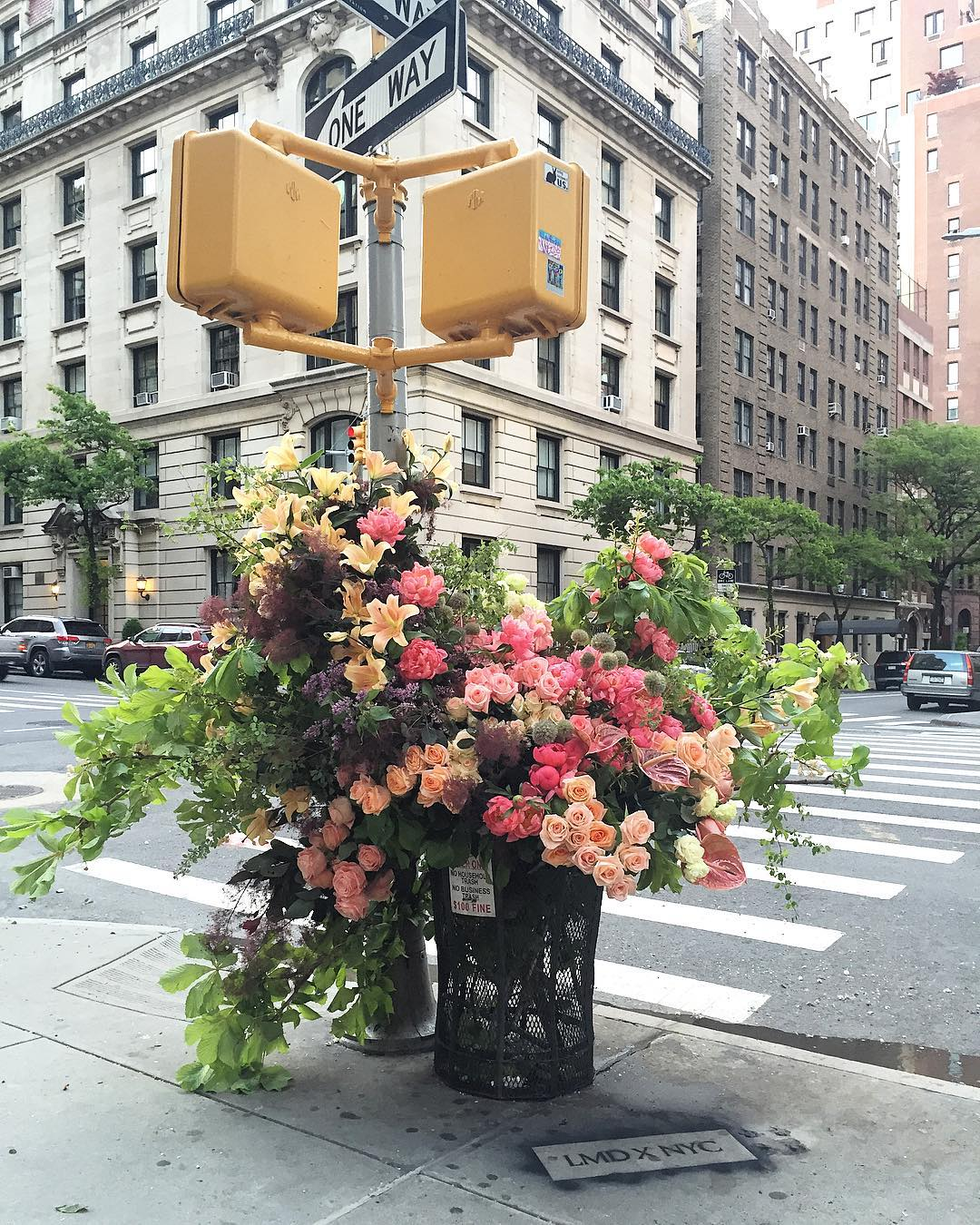 Guerilla Flower Installations on the Streets of NYC by Lewis Miller Design (9 pics)