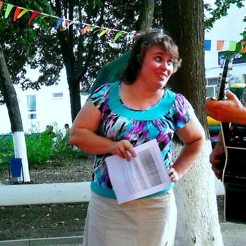 На репетиции, в парке у ДК, август 2010.jpg