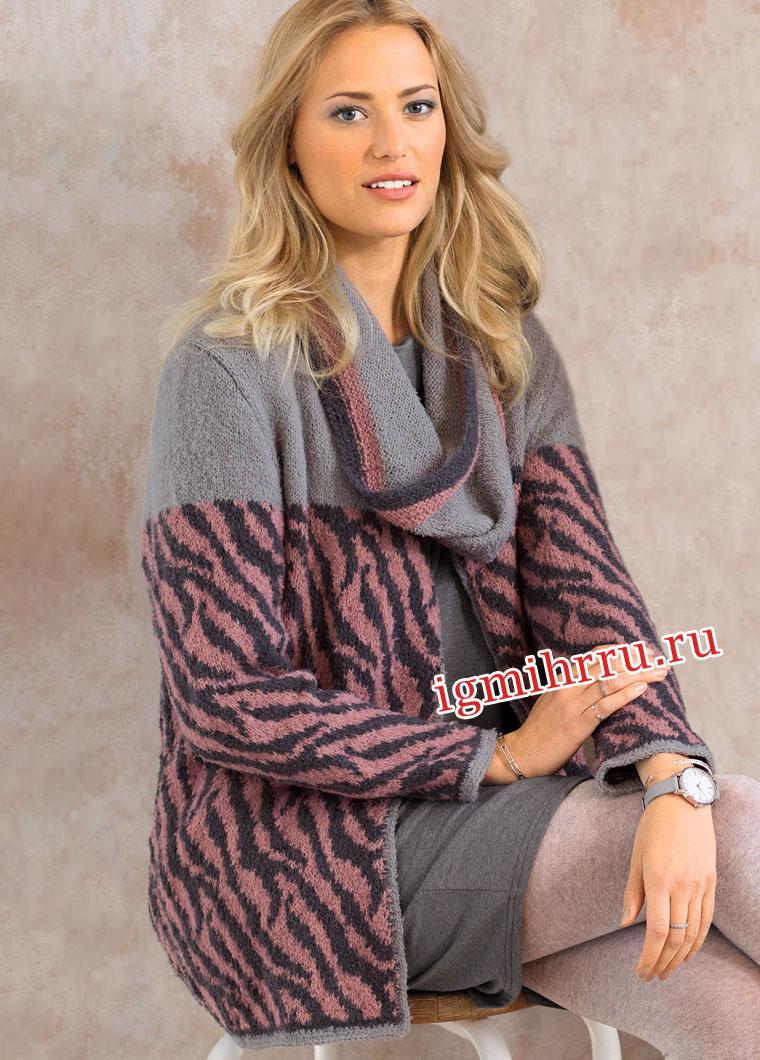 Жакет с жаккардовым анималистским узором и шарф-петля. Вязание спицами