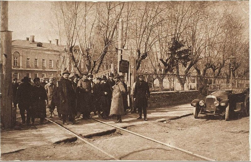 673898 Большая Калужская улица у Голицынской больницы 1923.jpg