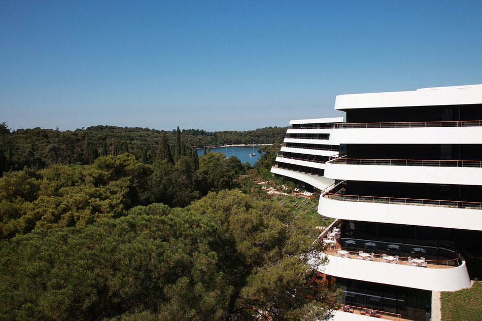 Отель Lone на побережье Средиземного моря в Хорватии