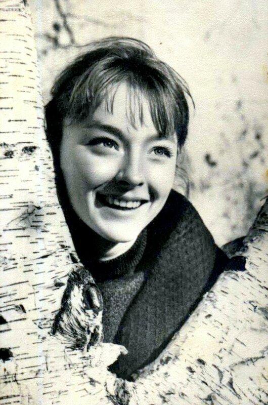 Анастасия Вертинская, Актёры Советского кино, коллекция открыток