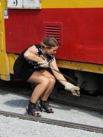 Барнаул - столица красоты: водитель трамвая