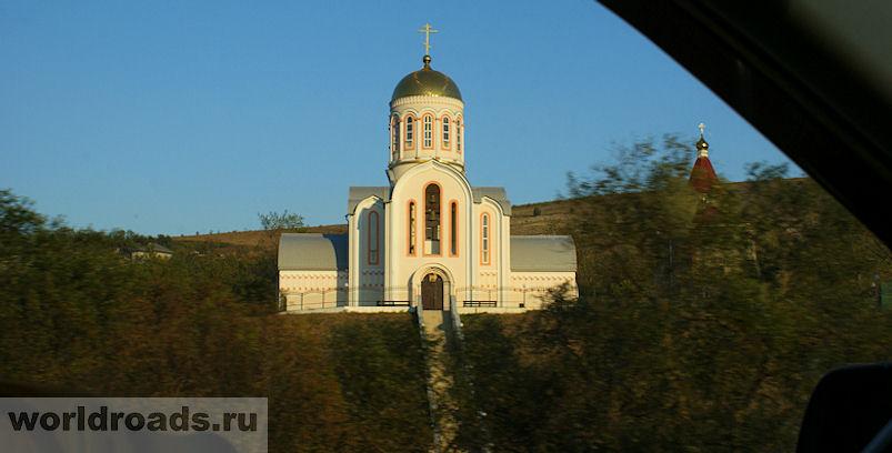 Храм в Варваровке