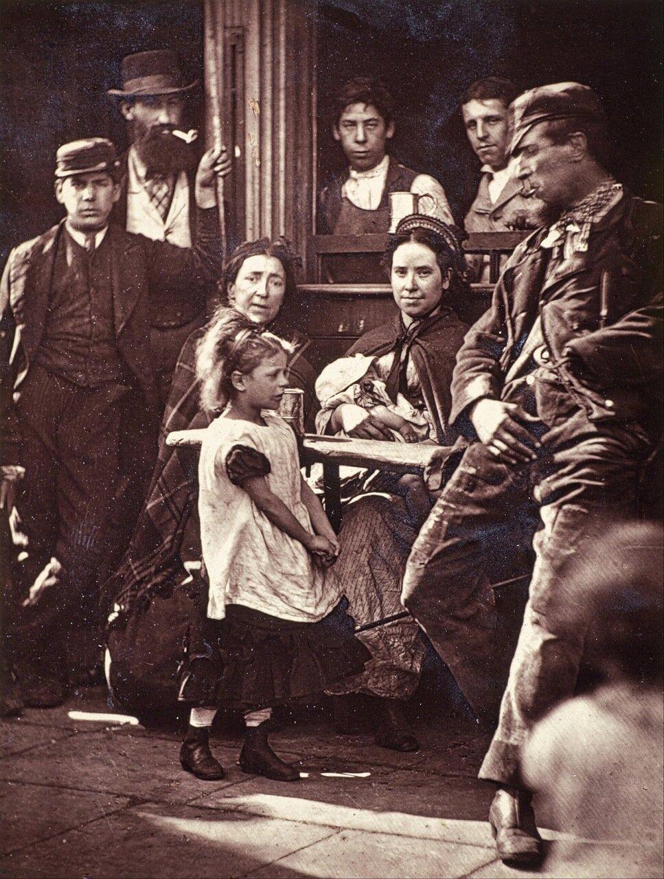 Обитатели Уа́йтчепела. 1897