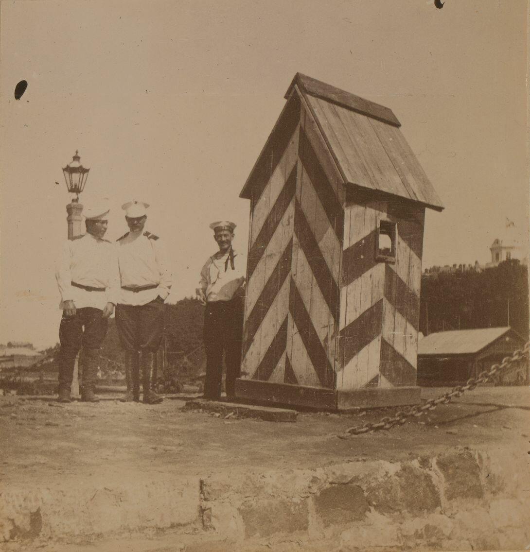 На железной дороге возле будки охранника, Владивосток. 1899