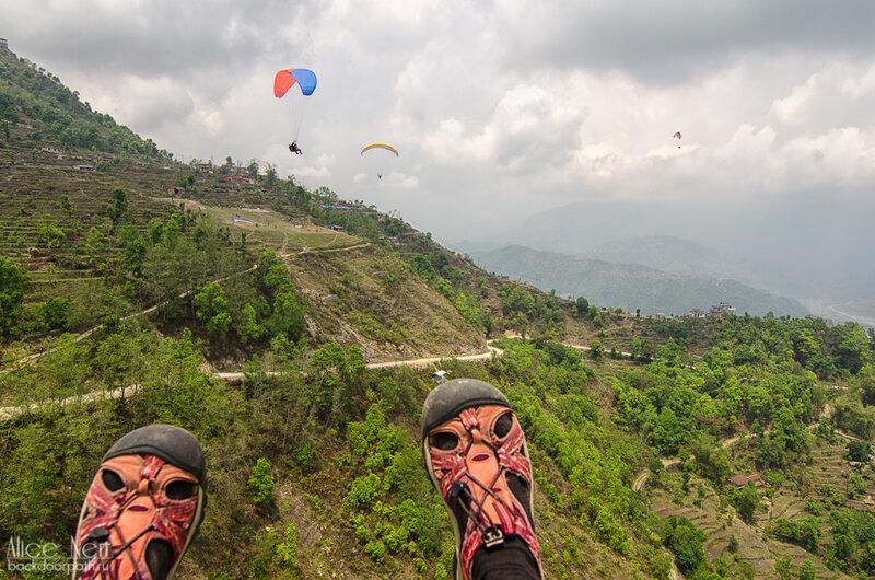 полет на параплане над сарангкотом, фева, покхара, непал