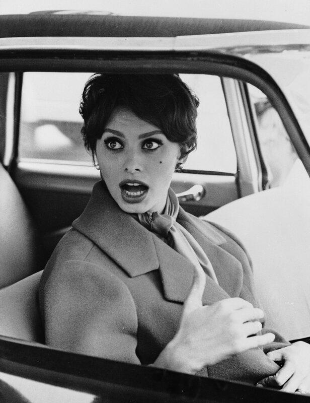 Something has Sophia Loren shocked