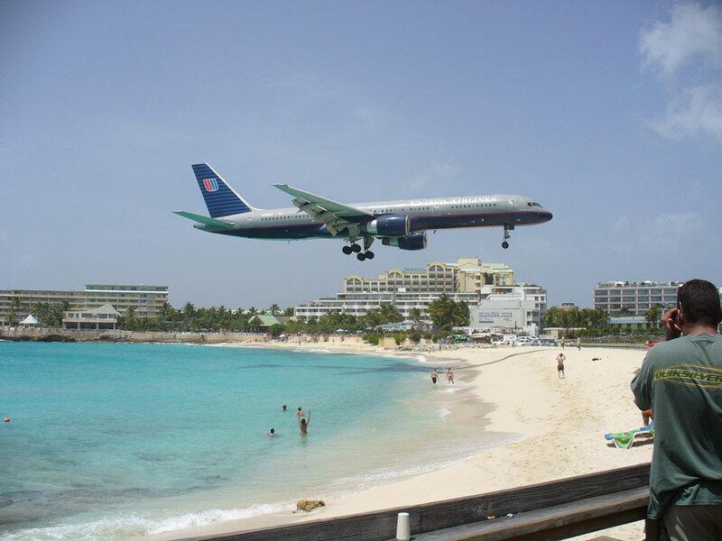 Каждые 3 секунды в мире приземляется очередной самолет
