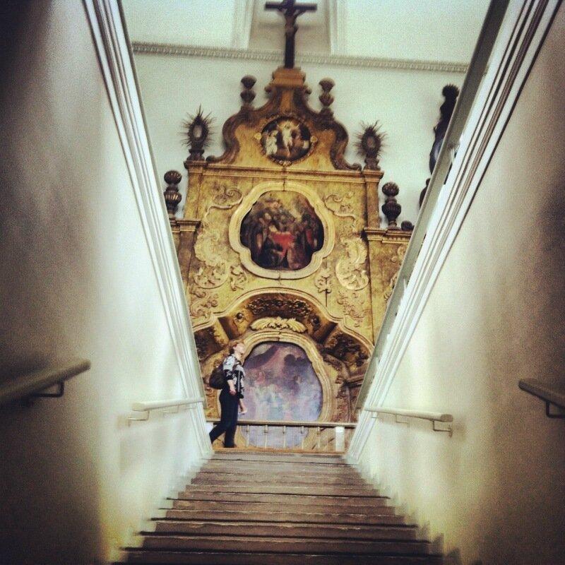Зал деревянных богов в Пермской областной картинной галерее
