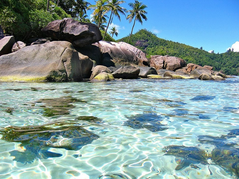 Побережье одного из Сейшельских островов