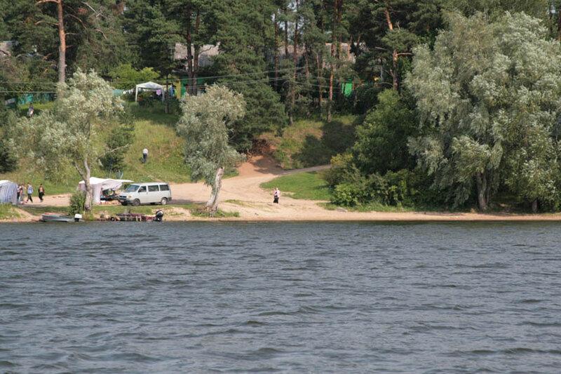 4. Вид на наш лагерь с воды
