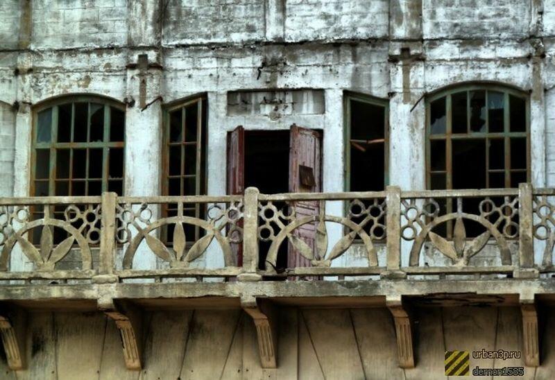 Красивые резные балкончики (07.06.2013)