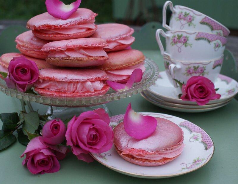 Кому еще розового-розового?