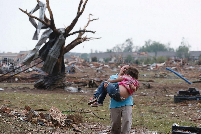 Оклахома. Торнадо. Буря. Смерч. 20 мая 2013.